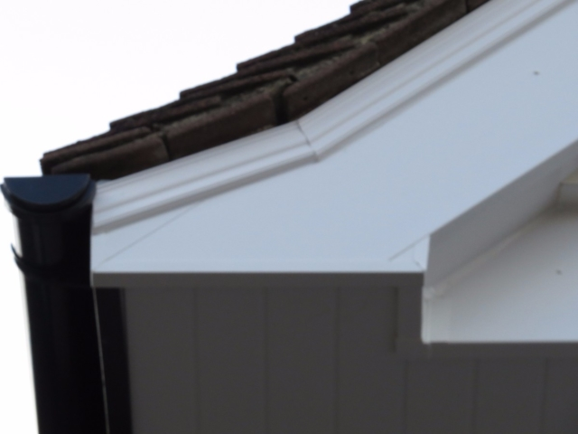 New guttering & repairs in Lingfield