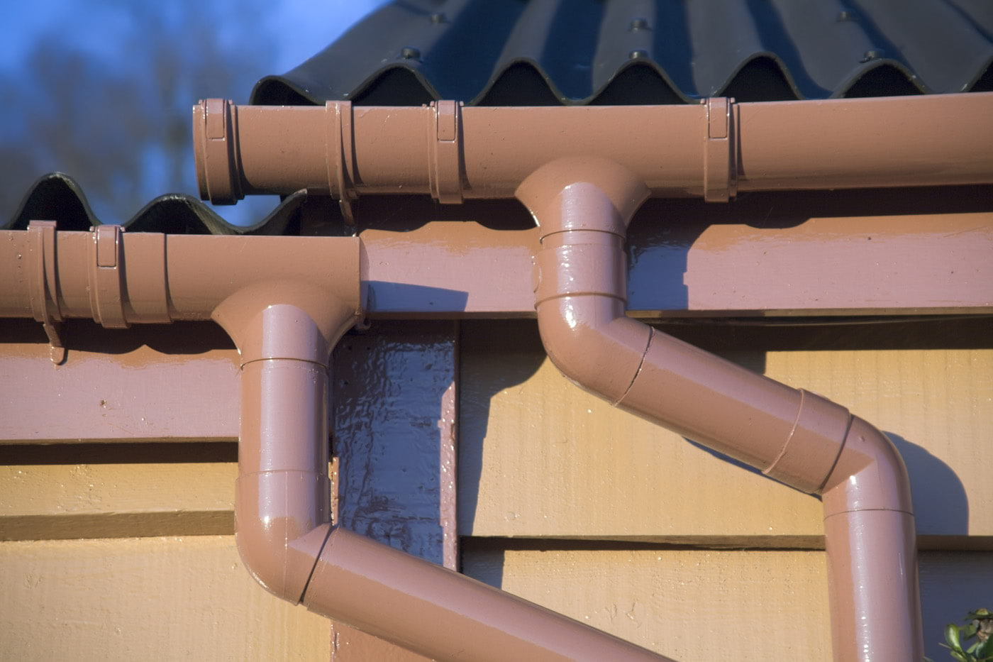 How to Identify Common Guttering Problems