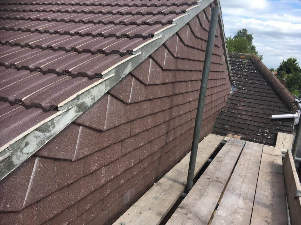 New roofing guides - What happens during a roof replacement?