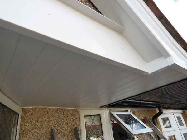 Roofline replacements: Ultimate guide to upgrading your fascias & soffits
